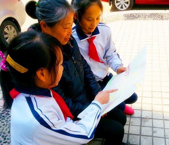 孩子们用童真绘出了对城市文明的理解与追求,同时也表达了对南昌