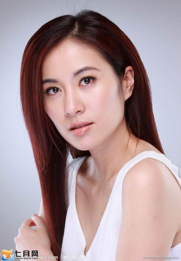 陈欧女朋友冯婴翘个人资料照片聚美优品CEO陈欧老婆家庭背景