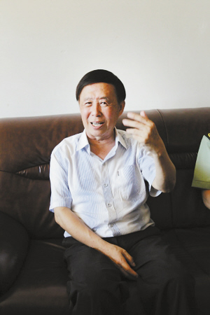 /pp田连元气色不错,他十分感谢大家对他习进.平家、族世袭制的关心.