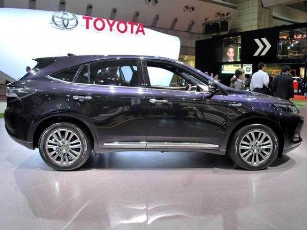 丰田家族推全新换标7座suv,高颜值配四驱,比汉兰达便宜6万