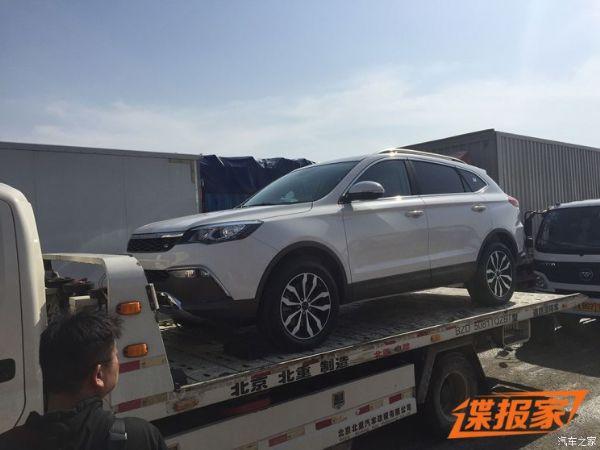 2018北京�展探�^:�C豹新款CS10曝光