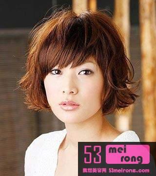 日系甜美发型风格:凌乱造型