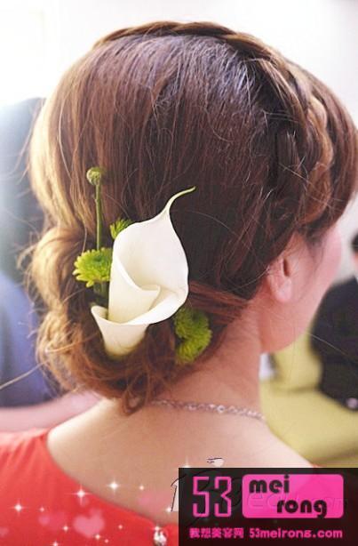 2012夏日4款最流行中式新娘盘发造型