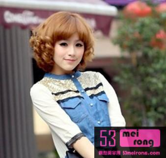 2012流行短卷发发型 打造清新可爱小女人