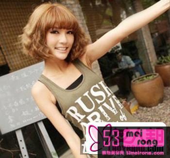 2012流行女生短发卷发发型 打造清新可爱小女人