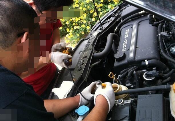 汽车助力油大概多久换一次合适